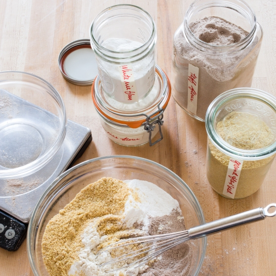 Whole grain flour blend